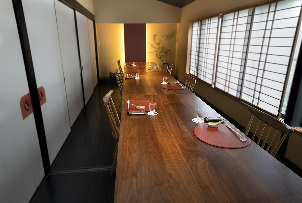 3F Rooms with standard chairs | AIGAMO TORIYASU
