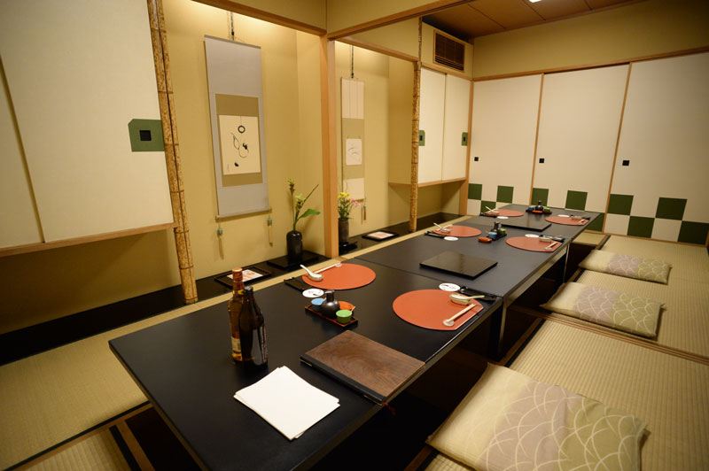 2F Rooms for large groups | AIGAMO TORIYASU